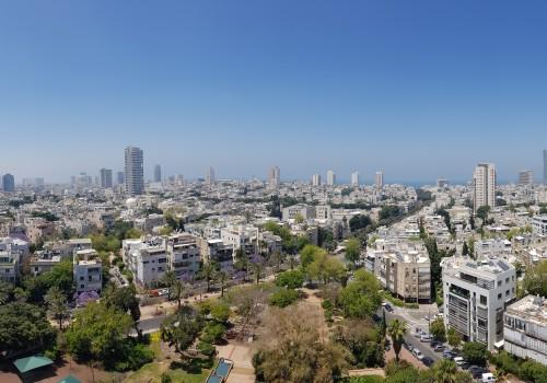 """למכירה דירת 220 מ""""ר – במגדל יוקרתי – במרכז העיר – נוף פתוח מעל גגות העיר, עד לים!"""