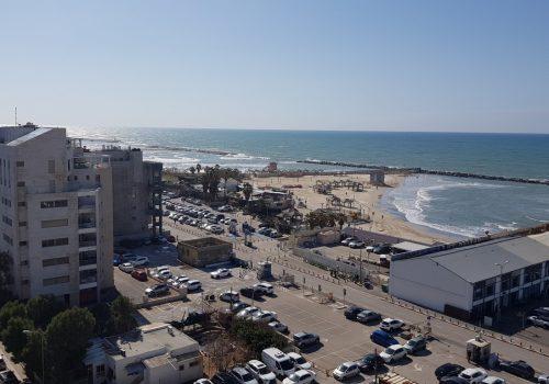 למכירה מיני פנטהאוז מרהיב!!! בבניין חדש ברחוב שקט בתל אביב הקטנה קרוב לנמל תל אביב, נוף פתוח לים.