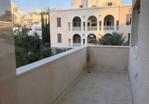 למכירה בפרויקט לשימור, בבנין מוכן, מבחר דירות בסטנדרט גבוה, בקרבת הים.